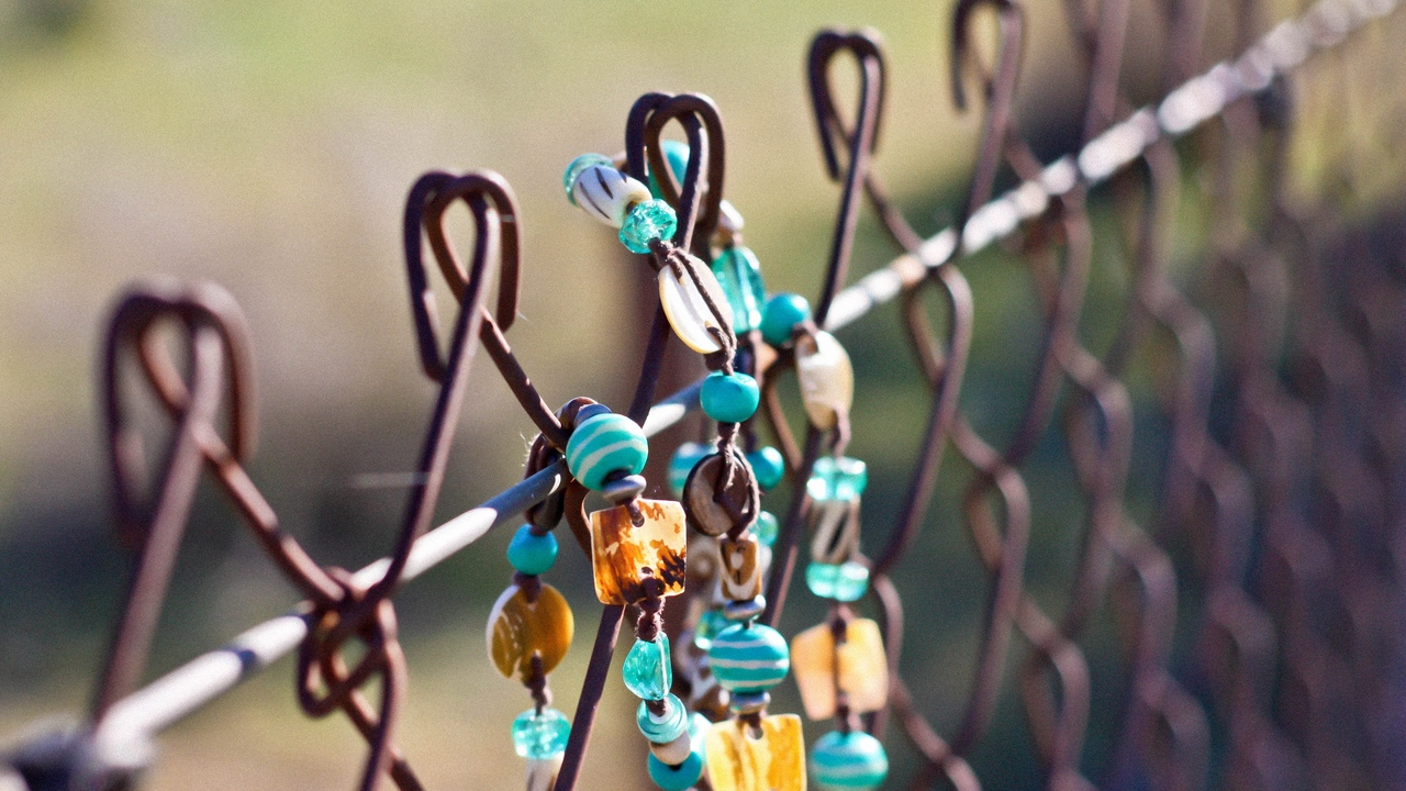 Preview wallpaper accessory, background, beads, bracelet, fence, jewelry, macro, moods, nature, net