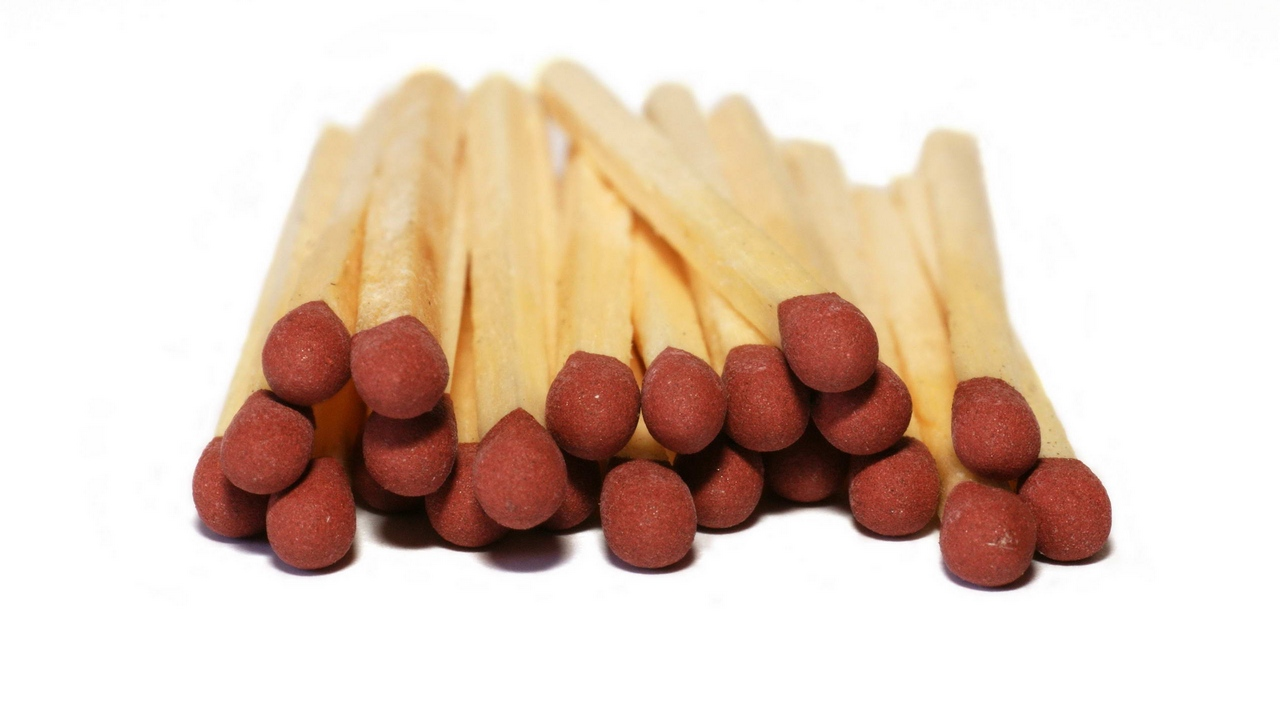 bunch matches wood sulfur