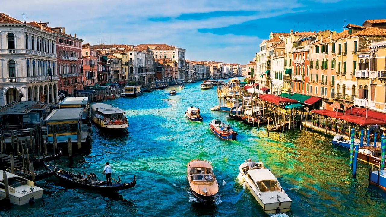 Preview wallpaper dock, house, italy, river, venice