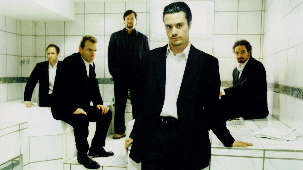 Preview wallpaper faithless, look, room, shirts, suits