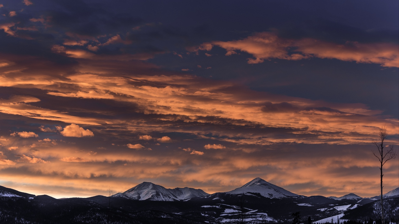 Preview wallpaper clouds, mountains, peaks, sunset