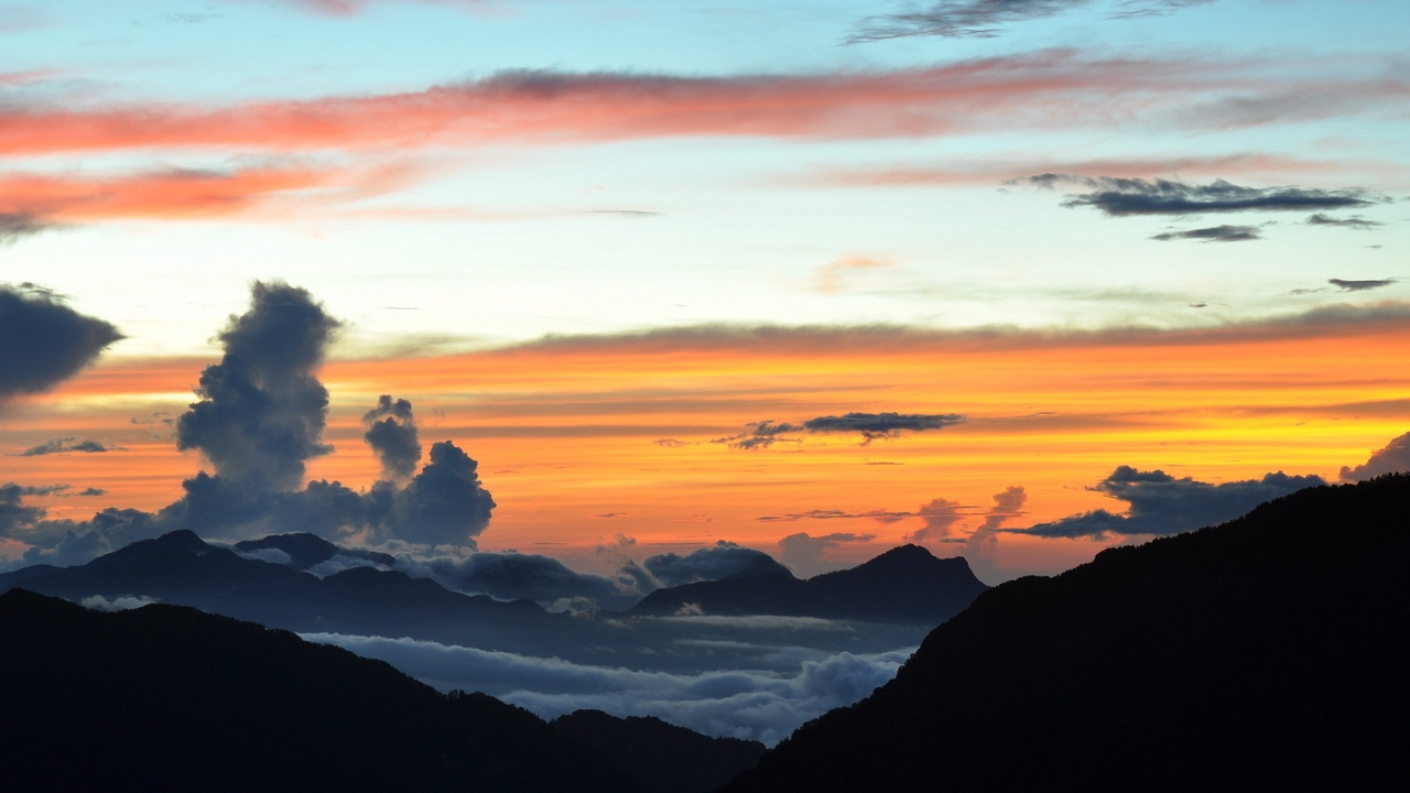 Preview wallpaper clouds, colors, decline, evening, height, layers, mountains, paints, shades
