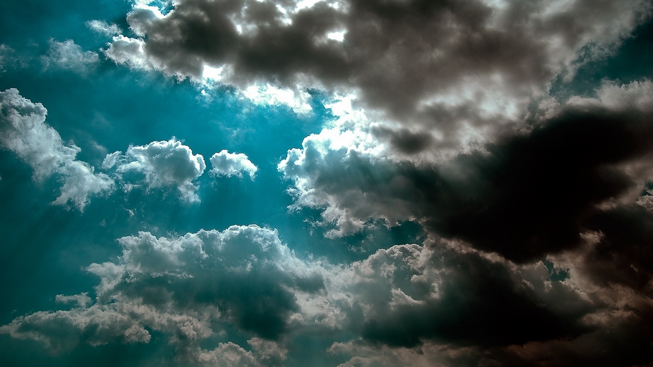 Preview wallpaper azure, beams, clouds, light, shadow, sky