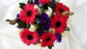 Preview wallpaper bouquets, composition, flowers, gerbera, roses