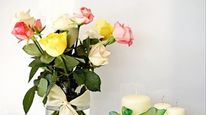 Preview wallpaper bouquet, bow, candle, flowers, roses, vase