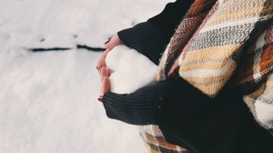 Preview wallpaper hands, heart, love, scarf, snow