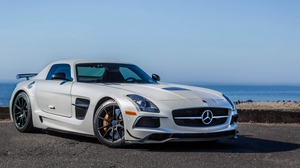 Preview wallpaper amg, mercedes-benz, side view, sls, white