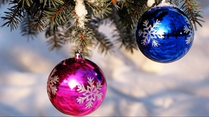 Preview wallpaper balloons, blue, christmas decorations, pink, snow, spruce