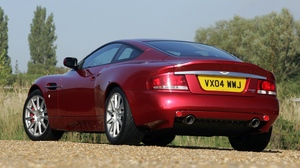 Preview wallpaper 2004, aston martin, nature, rear view, red, style, v12, vanquish
