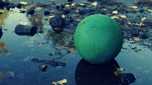 Preview wallpaper ball, mud, puddle