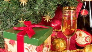 Preview wallpaper box, champagne, christmas, gift, new year