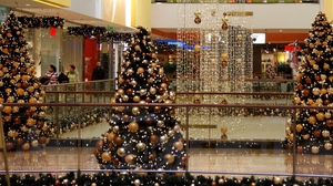 Preview wallpaper bustling, christmas, holiday, new year, shopping center, tree