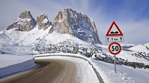 Preview wallpaper 50, mountains, restriction, road, sign, snow, turn, winter